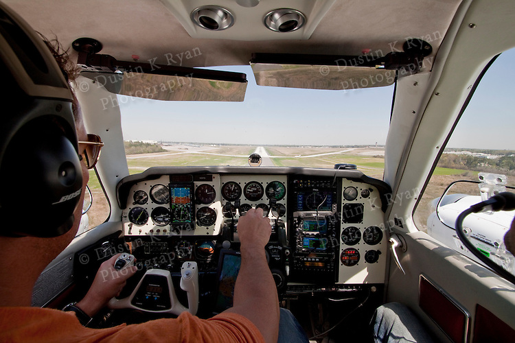 Twin Barron landing at the Charleston Airport CHS in South Carolina Glass Cockpit