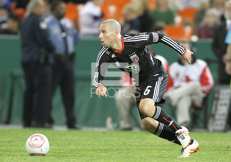 Kurt Morsink #6 of D.C. United during an MLS match against Toronto FC that was the final appearance of D.C. United's Jaime Moreno at RFK Stadium, in Washington D.C. on October 23, 2010. Toronto won 3-2.