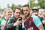 29.07.2017, Heinz-Dettmer-Stadion, Lohne, GER, FSP, SV Werder Bremen vs West Ham United<br /> <br /> im Bild<br /> Marko Arnautovic (West Ham #18) mit Fan-Selfie mit Werder Bremen Fans, <br /> <br /> Foto &copy; nordphoto / Ewert