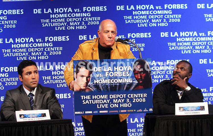 **ALL ROUND PICTURES FROM SOLARPIX.COM**.**SYNDICATION RIGHTS FOR UK, SPAIN, PORTUGAL, AUSTRALIA, S.AFRICA & DUBAI (U.A.E) ONLY**.Oscar de la Hoya and Steve Forbes Announce Homecoming HBO World Championship Boxing Match at a  Press Conference at the Nokia Theatre in New York in the USA..This pic:OSCAR DE LA HOYA,JEFF WALD,STEVE FORBES..JOB REF:5836-PHZ    DATE:28_02_08 .**MUST CREDIT SOLARPIX.COM OR DOUBLE FEE WILL BE CHARGED* *UNDER NO CIRCUMSTANCES IS THIS IMAGE TO BE REPRODUCED FOR ANY ONLINE EDITION WITHOUT PRIOR PERMISSION*