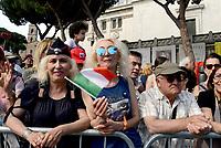 Roma, 2 Giugno 2017<br /> Pubblico in attesa della parata militare<br /> 71&deg;anniversario Festa della Repubblica