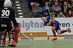 GER - Muelheim an der Ruhr, Germany, February 05: During the FinalFour final men hockey match between Rot-Weiss Koeln (whize) and Mannheimer HC (blue) on February 5, 2017 at innogy Sporthalle in Muelheim an der Ruhr, Germany. (Photo by Dirk Markgraf / www.265-images.com) *** Local caption *** Victor Aly #30 of Rot-Weiss Koeln, Paul Zmyslony #13 of Mannheimer HC