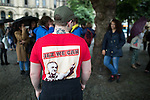 "© Joel Goodman - 07973 332324 . 28/06/2016 . Manchester , UK . A man wearing a t-shirt with a picture of Jeremy Corbyn and "" Jez We Can "" at an Anti Brexit protest in Albert Square , outside Manchester Town Hall , in central Manchester . Photo credit : Joel Goodman"