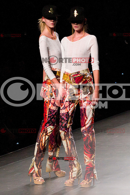 03.09.2012. Models walk the runway in the Arnau P. Bosch fashion show during the EGO Mercedes-Benz Fashion Week Madrid Spring/Summer 2013 at Ifema. (Alterphotos/Marta Gonzalez) /NortePhoto.com<br /> <br /> **CREDITO*OBLIGATORIO** <br /> *No*Venta*A*Terceros*<br /> *No*Sale*So*third*<br /> *** No*Se*Permite*Hacer*Archivo**<br /> *No*Sale*So*third*