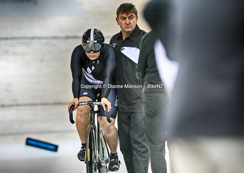 Steph McKenzie and sprint coach Anthony Peden in the Avanti BikeNZ Classic, Avantidrome, Cambridge, New Zealand, Thursday, September 18, 2014, Credit: Dianne Manson/BikeNZ