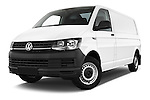 Stock pictures of low aggressive front three quarter view of 2016 Volkswagen Transporter-Furgon - 4 Door Cargo Van Low Aggressive