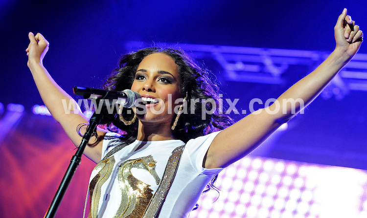 **ALL ROUND PICTURES FROM SOLARPIX.COM**.**SYNDICATION RIGHTS FOR UK AND SPAIN ONLY**.The US singer Alicia Keys performing her new album As I Am live at the 'O2 World' in Berlin Germany...JOB REF:7637-CPR/Clemens Bilan/ddp  DATE:19_10_08.**MUST CREDIT SOLARPIX.COM OR DOUBLE FEE WILL BE CHARGED* *UNDER NO CIRCUMSTANCES IS THIS IMAGE TO BE REPRODUCED FOR ANY ONLINE EDITION WITHOUT PRIOR PERMISSION*