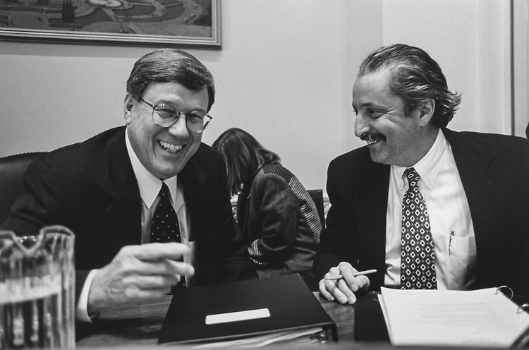 Chairman of the House Oversight Committee Rep. Bill Thomas, R-Calif., and Rep. Sam Gejdenson, D-Conn., at House Oversight meeting on Feb. 13, 1997. (Photo by Maureen Keating/CQ Roll Call via Getty Images)