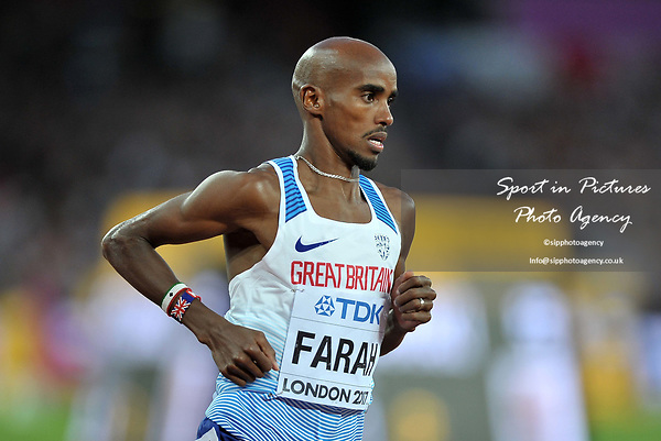 Mohamed FARAH (GBR) in the mens 5000m final. IAAF world athletics championships. London Olympic stadium. Queen Elizabeth Olympic park. Stratford. London. UK. 12/08/2017. ~ MANDATORY CREDIT Garry Bowden/SIPPA - NO UNAUTHORISED USE - +44 7837 394578