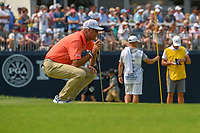 Stewart Cink (USA) lines up his putt on 9 during 4th round of the 100th PGA Championship at Bellerive Country Club, St. Louis, Missouri. 8/12/2018.<br /> Picture: Golffile | Ken Murray<br /> <br /> All photo usage must carry mandatory copyright credit (&copy; Golffile | Ken Murray)