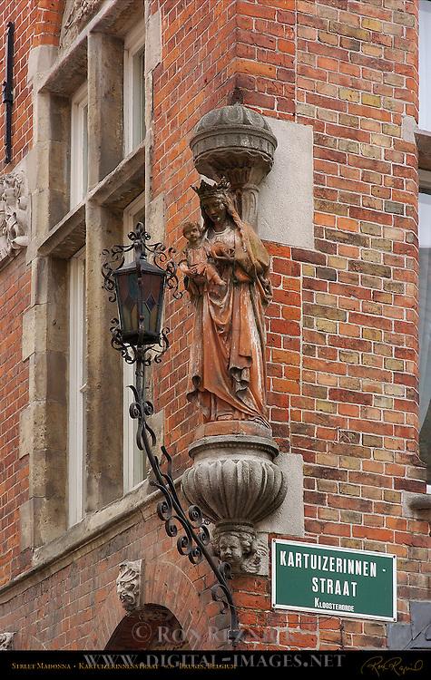 Street Madonna, Kartuizerinnenstraat, Bruges, Brugge, Belgium