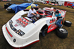 Feb 06, 2011; 5:35:02 PM; Gibsonton, FL., USA; The Lucas Oil Dirt Late Model Racing Series running The 35th annual Dart WinterNationals at East Bay Raceway Park.  Mandatory Credit: (thesportswire.net)
