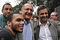 S&Atilde;O PAULO-SP-26,07,2014-ELEI&Ccedil;&Otilde;ES2014-CAMPANHA A&Eacute;CIO NEVES- ex Governador de Minas Gerais A&eacute;cio Neves acompanhado do Governador de S&atilde;o Paulo Geraldo Alckmin e o Ex Governador de S&atilde;o Paulo Jos&eacute; Serra, durante visita ao Memorial Carandiru;ETEC Parque da Juventude e terminando com uma caminhada pelo Parque da Juventude .Regi&atilde;o norte da cidade de S&atilde;o Paulo nesse S&aacute;bado,26<br /> (Foto:Kevin David/Brazil Photo Press)