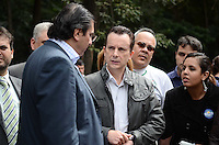 SAO PAULO, 30 DE JULHO DE 2012 - ELEICOES 2012 SP RUSSOMANO - Candidato Celso Russomano em caminhada pela Avenida Paulista, acompanhado do vice D urso, no inicio da tarde desta segunda feira. FOTO: ALEXANDRE MOREIRA - BRAZIL PHOTO PRESS
