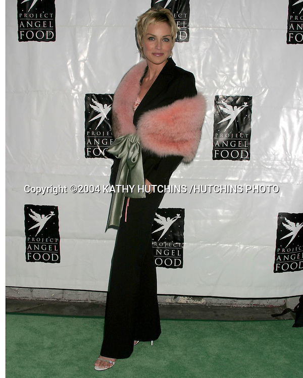 ©2004 KATHY HUTCHINS /HUTCHINS PHOTO.PROJECT ANGEL FOOD GALA IN HONOR OF SHARON STONE.LOS ANGELES, CA.AUGUST 21, 2004..SHARON STONE