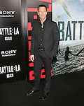 Aaron Eckhart  at The Columbia Pictures' Premiere of BATTLE: LOS ANGELES held at The Grauman's Chinese Theatre in Hollywood, California on March 08,2011                                                                               © 2010 Hollywood Press Agency