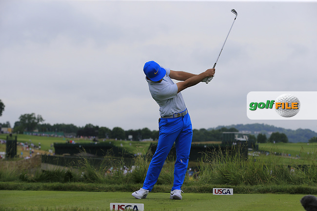 Kevin Chappell (USA) tees off the 5th tee during Thursday's Round 1 of the 2016 U.S. Open Championship held at Oakmont Country Club, Oakmont, Pittsburgh, Pennsylvania, United States of America. 16th June 2016.<br /> Picture: Eoin Clarke | Golffile<br /> <br /> <br /> All photos usage must carry mandatory copyright credit (&copy; Golffile | Eoin Clarke)