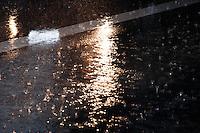 SÃO PAULO-SP-11,01,2014-CLIMA TEMPO SÃO PAULO/CHUVA - Chuva forte no fim da tarde desse sábado,01 na capital paulista.Local:Avenida Rebouças,região oeste da cidade de São Paulo.(Foto:Kevin David/Brazil Photo Press)