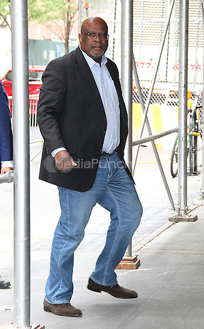 NEW YORK, NY - JUNE 23:   Famed O.J. Simpson murder trial prosecutor attorney Christopher Darden spotted flashing the peace sign as he arrives at 'The View' in New York, New York on June 23 2016.  Photo Credit: Rainmaker Photo/MediaPunch