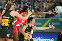 04.09.2016 England's Ama Agbeze and South Africa's Renske Steyn in action during the Netball Quad Series match between England and South Africa played at Margaret Court Arena in Melbourne. Mandatory Photo Credit ©Michael Bradley.