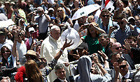Papa Francesco saluta i fedeli al termine della Santa Messa della Solennit&agrave; dei Santi Pietro e Paolo in piazza San Pietro, Citta' del Vaticano, 29 giugno, 2018.<br /> Pope Francis greats faithful at the end of the mass for the imposition of the Pallium upon the new Metropolitan Archbishops and the solemnity of Saints Peter and Paul in St. Peter's Square at the Vatican, on June 29, 2018.<br /> UPDATE IMAGES PRESS/Isabella Bonotto<br /> <br /> STRICTLY ONLY FOR EDITORIAL USE