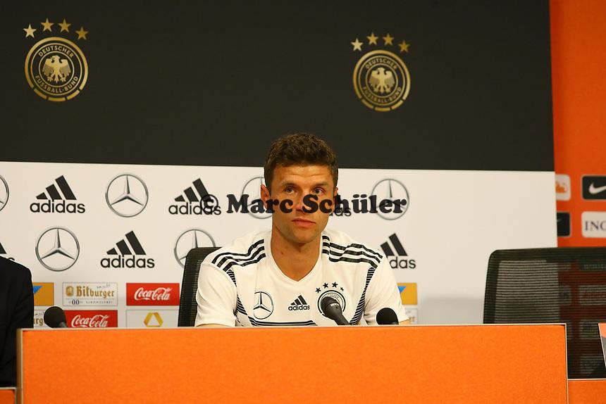 Thomas Mueller (Deutschland Germany) - 12.10.2018: Pressekonferenz der Deutschen Nationalmannschaft vor dem UEFA Nations League Spiel gegen die Niederlande