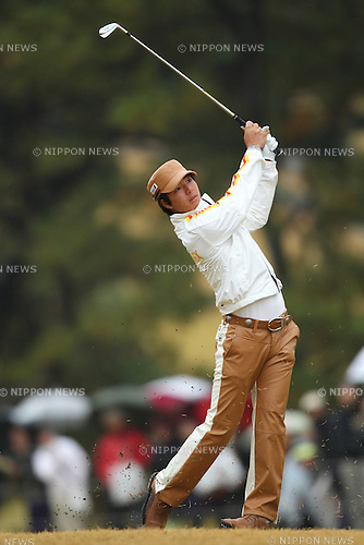 Ryo Ishikawa (JPN), DECEMBER 1, 2011 - Golf : The 48th Japan Golf Tour Nippon Series JT Cup 1st Round at Tokyo Yomiuri Country Club, Tokyo, Japan. (Photo by YUTAKA/AFLO SPORT) [1040]