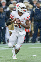 Annapolis, MD - OCT 8, 2016: Houston Cougars quarterback Greg Ward Jr. (1) in action during game between Houston and Navy at Navy-Marine Corps Memorial Stadium Annapolis, MD. The Midshipmen upset #6 Houston 46-40. (Photo by Phil Peters/Media Images International)