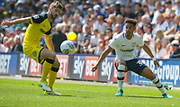 Preston North End's Callum Robinson takes on Burton Albion's Luke Murphy<br /> <br /> Photographer Alex Dodd/CameraSport<br /> <br /> The EFL Sky Bet Championship - Preston North End v Burton Albion - Sunday 6th May 2018 - Deepdale Stadium - Preston<br /> <br /> World Copyright &copy; 2018 CameraSport. All rights reserved. 43 Linden Ave. Countesthorpe. Leicester. England. LE8 5PG - Tel: +44 (0) 116 277 4147 - admin@camerasport.com - www.camerasport.com