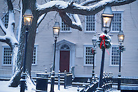 USA, Newport, RI - A gas lamp dressed for Christmas in Washington Square Park.