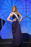 SAO PAULO, 11 DE AGOSTO DE 2012. MISS SAO PAULO 2012. A Miss Atibaia, Milena Xeder, desfila durante o concurso Miss Sao Paulo na noite deste sabado. FOTO - ADRIANA SPACA BRAZIL PHOTO PRESS