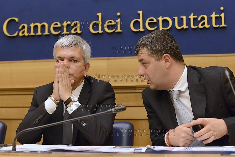 Roma 2 Luglio 2015<br /> Sinistra ecologia e Libert&agrave; in conferenza stampa per presentare le iniziative in sostegno al referendum greco.<br /> OXIgeNO.<br /> Nichi Vendola, Arturo Scotto.