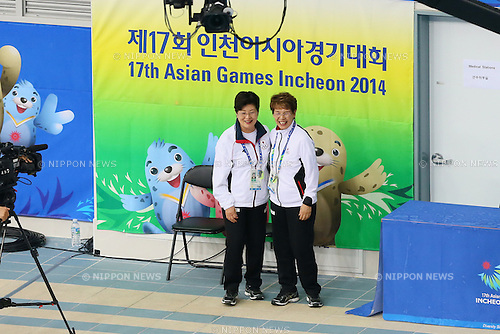(L to R) <br /> Masako Kaneko, <br />  Masayo Imura (JPN), <br /> SEPTEMBER 21, 2014 - Synchronized Swimming : <br /> Women's Team Technical Routine <br /> at Munhak Park Tae-hwan Aquatics Center <br /> during the 2014 Incheon Asian Games in Incheon, South Korea. <br /> (Photo by YUTAKA/AFLO SPORT) [1040]