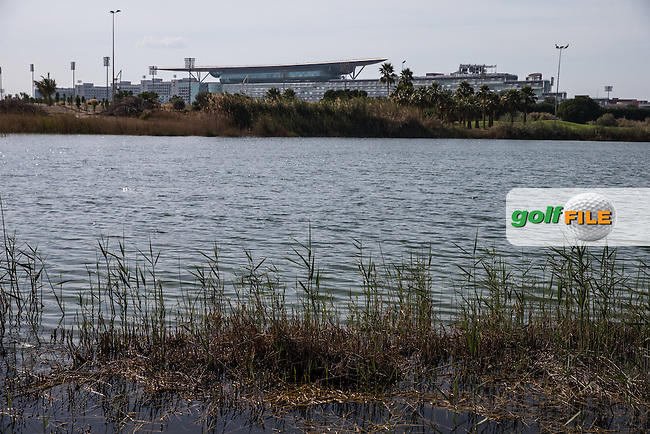 Pond right side of the 8th fairway, The Track at The Meydan Golf Club, Dubai, United Arab Emirates.  31/01/2016. Picture: Golffile | David Lloyd<br /> <br /> All photos usage must carry mandatory copyright credit (&copy; Golffile | David Lloyd)