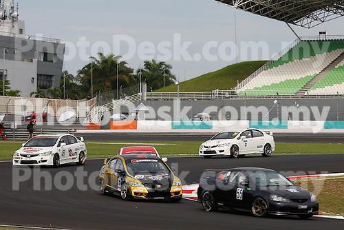 KUALA LUMPUR, MALAYSIA - May 29:  Start of race 1, Malaysia Championship Series Round 1 at Sepang International Circuit on May 29, 2016 in Kuala Lumpur, Malaysia. Photo by Peter Lim/PhotoDesk.com.my