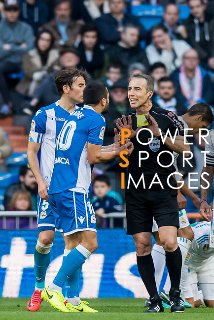 Florin Andone of RC Deportivo La Coruna speaks to referee David Fernandez Borbalan during the La Liga 2017-18 match between Real Madrid and RC Deportivo La Coruna at Santiago Bernabeu Stadium on January 21 2018 in Madrid, Spain. Photo by Diego Gonzalez / Power Sport Images