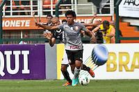 ATENÇÃO EDITOR: FOTO EMBARGADA PARA VEÍCULOS INTERNACIONAIS SÃO PAULO,SP,27 OUTUBRO 2012 - CAMPEONATO BRASILEIRO - CORINTHIANS x VASCO - Romarinho jogador do Corinthians  durante partida Corinthians x Vasco válido pela 33º rodada do Campeonato Brasileiro no Estádio Paulo Machado de Carvalho (Pacaembu), na região oeste da capital paulista na tarde deste sabado (27).(FOTO: ALE VIANNA -BRAZIL PHOTO PRESS).