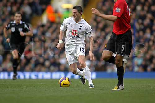 2 February 2008: Spurs striker Robbie Keane with the ball during the Premier League game between Tottenham Hotspur and Manchester United, played at White Hart Lane. The game finished 1-1. Photo: Actionplus....080202 football soccer player premiership