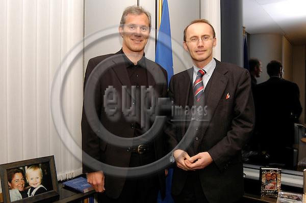 BRUSSELS -- BELGIUM -- 08 DECEMBER 2004 -- Austrian Regional Minister Josef MARTINZ visiting Brussels, from the left:  Austrian LR Josef MARTINZ (L), and the Austrian MEP Othmar KARAS (R). -- PHOTO: EUP-IMAGES / JAKUB PERSIN