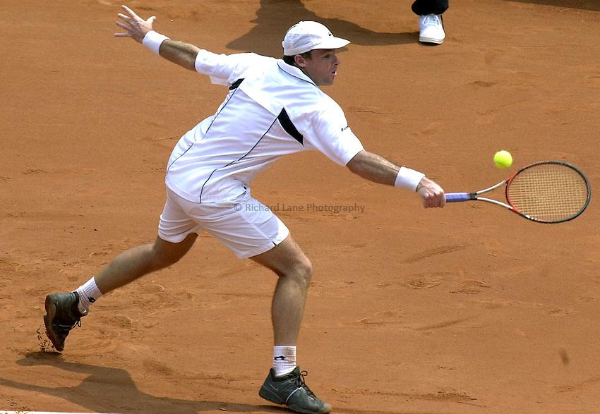 Photo. Steve Holland.Davis Cup Tennis 2003.Sunday 9 Febuary 2003.Australia V Great Britain.Miles Maclagan during his singles match against Wayne Arthurs
