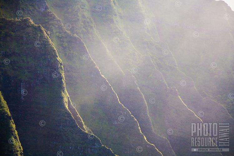 Backlist mountains along the misty Na Pali Coast, Kauai