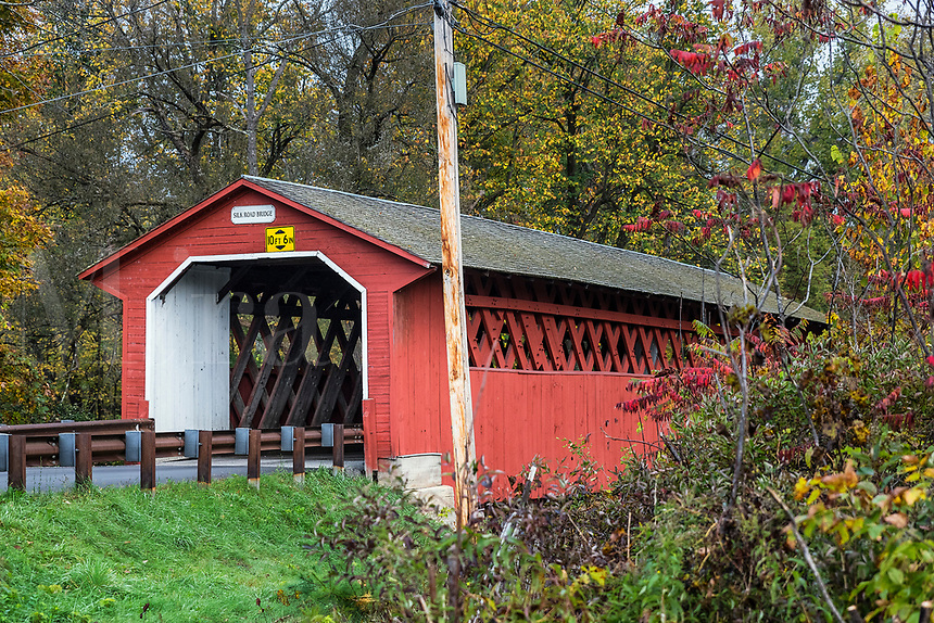 Silk Road Covered Bridge, Bennington, Vermont, USA.