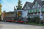 03.11.2018, BayArena, Leverkusen, GER, 1. FBL,  Bayer 04 Leverkusen vs. TSV 1899 Hoffenheim,<br />  <br /> DFL regulations prohibit any use of photographs as image sequences and/or quasi-video<br /> <br /> im Bild / picture shows: <br /> der Mannschaftsbus am Hotel Gravenberg in Langenfeld .. wo die Mannschaft vor den Heimspielen einkehrt. <br /> Foto &copy; nordphoto / Meuter