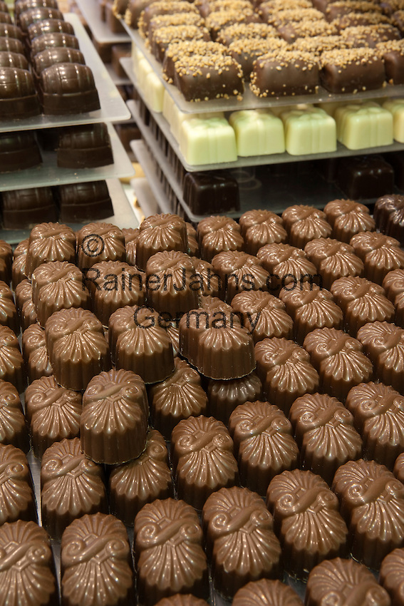 Belgium, West-Flanders, Bruges: Display of Belgian chocolates