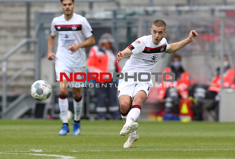 nph0001:  17.05.2020 --- Fussball --- Saison 2019 2020 --- 2. Fussball - Bundesliga --- 26. Spieltag: FC Sankt Pauli - 1. FC Nürnberg ---   DFL regulations prohibit any use of photographs as image sequences and/or quasi-video - Only for editorial use ! --- <br /> <br /> Fabian Nürnberger (15, 1. FC Nürnberg ) <br /> <br /> Foto: Daniel Marr/Zink/Pool//via Kokenge/nordphoto