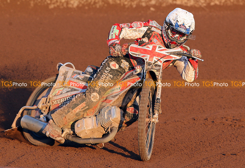 Chris Harris of Belle Vue - Lakeside Hammers vs Belle Vue Aces, Elite League Speedway at the Arena Essex Raceway, Purfleet - 01/07/11 - MANDATORY CREDIT: Rob Newell/TGSPHOTO - Self billing applies where appropriate - 0845 094 6026 - contact@tgsphoto.co.uk - NO UNPAID USE.