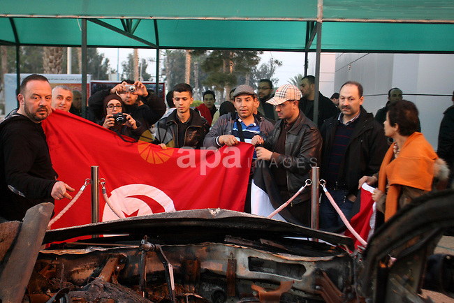 Tunisian delegation solidarity and medical delegation arrives in Rafah border in the southern Gaza Strip on January 26, 2013. The delegation is expected to meet with war victims and survivors, and visit bombed areas  to show their support and solidarity with the people of the Gaza Strip. Photo by Eyad Al Baba