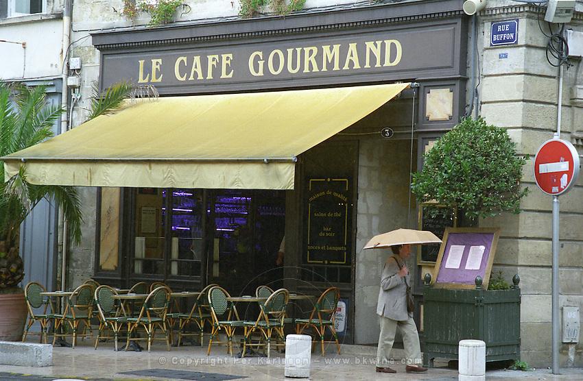 Le Cafe Grourmand restaurant on Place des Grands Hommes. Bordeaux city, Aquitaine, Gironde, France