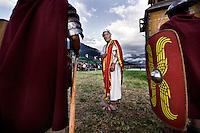 Sluderno, Italia, 22 Agosto, 2008. <br /> Membri del Gruppo storico Romano nel loro campo allestito in occasione dei South Tyrolean Knight Games.<br /> Gladiators of Gruppo Storico Romano at their tent camp at the South Tyrolean Knight Games in Sluderno.