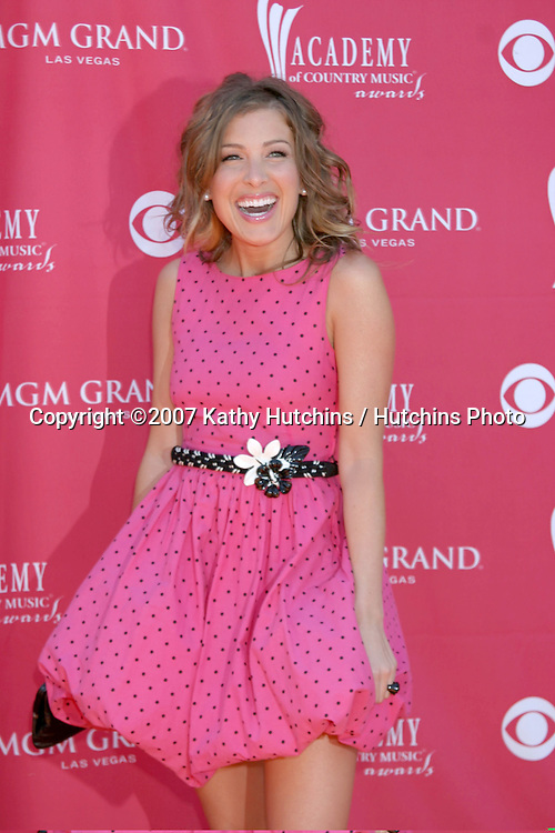 Sarah Buxton.Academy  of Country Music Awards.MGM Grand Garden Arena.Las Vegas, NV.May 15, 2007.©2007 Kathy Hutchins / Hutchins Photo....